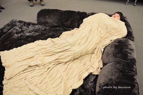 軽い&薄いウール毛布 暖かくておすすめ