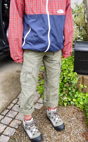 林間学校に最適の綿100%ズボン